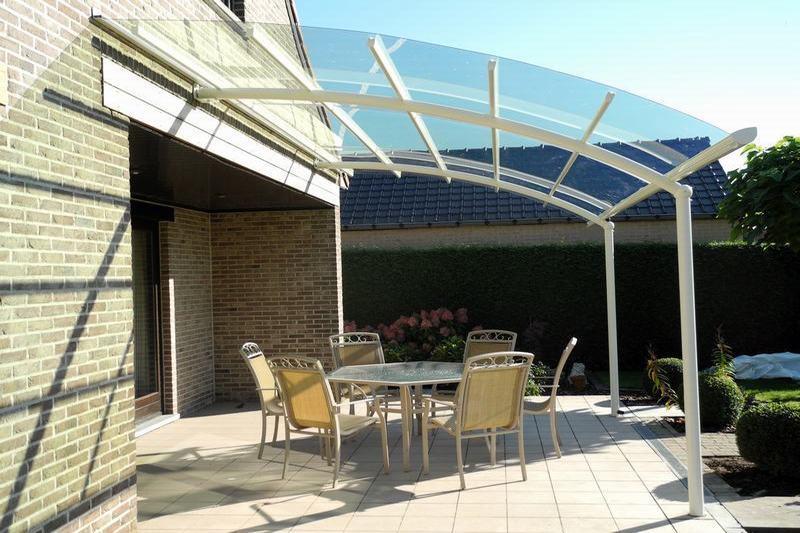 Terrasoverkapping altijd genieten van uw tuin bozarc - Van schaduw dak ...